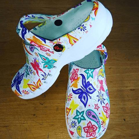 como personalizar crocs