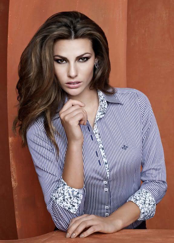 Fotos   Modelos. Camisas Femininas Dudalina 3369ea861627c