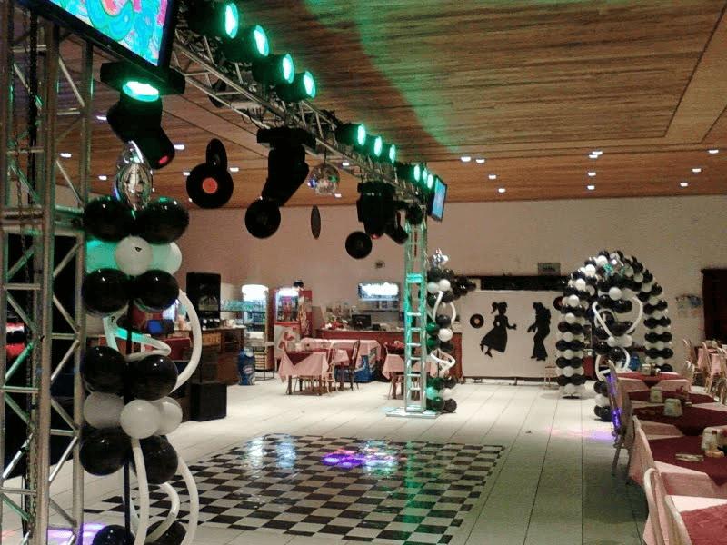 Decoração anos 80 festa