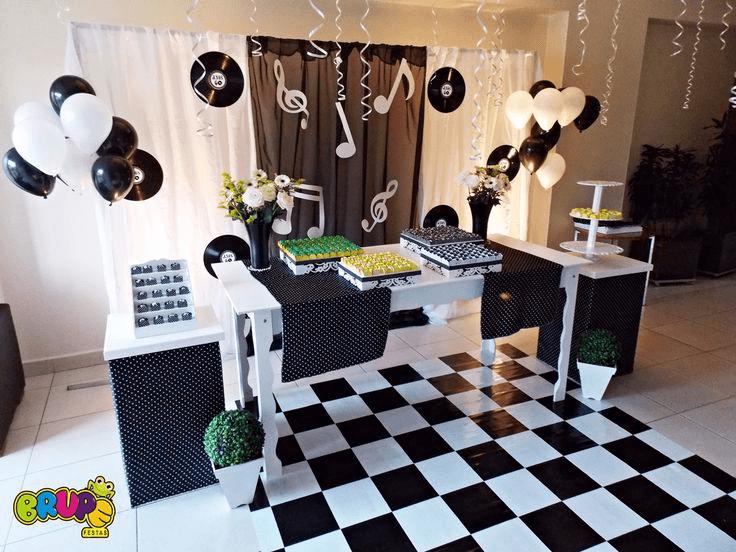 festa decorada anos 80
