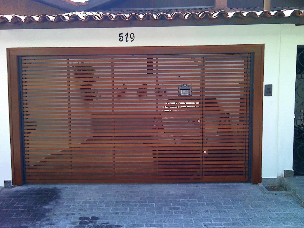 Portão de Madeira para Garagem