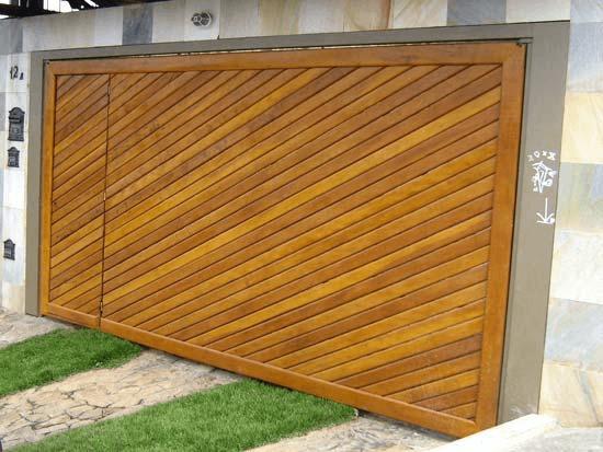 portão de madeira garagem