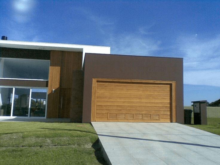 modelos de portão de madeira para garagem