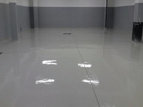 tinta epóxi para piso