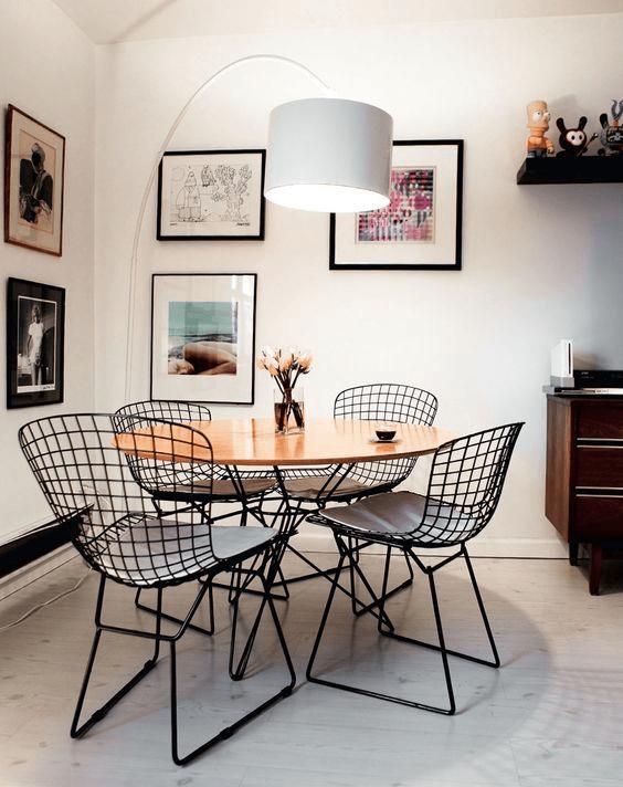 fotos de mesas com 4 cadeiras